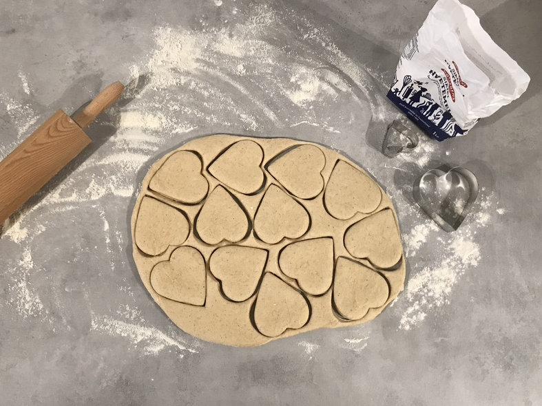 Stikk ut donutsene med kakeform